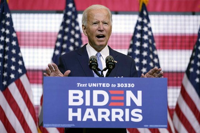 EEUU.- Bloomberg dona 100 millones de dólares para la campaña de Biden en Florid