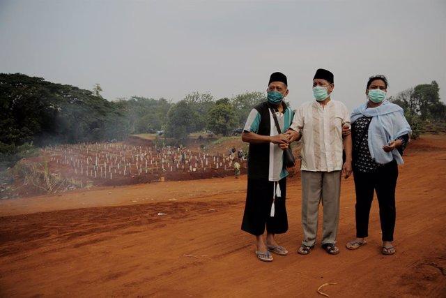 Coronavirus.- Yakarta vuelve a decretar dos semanas de confinamiento tras un nue