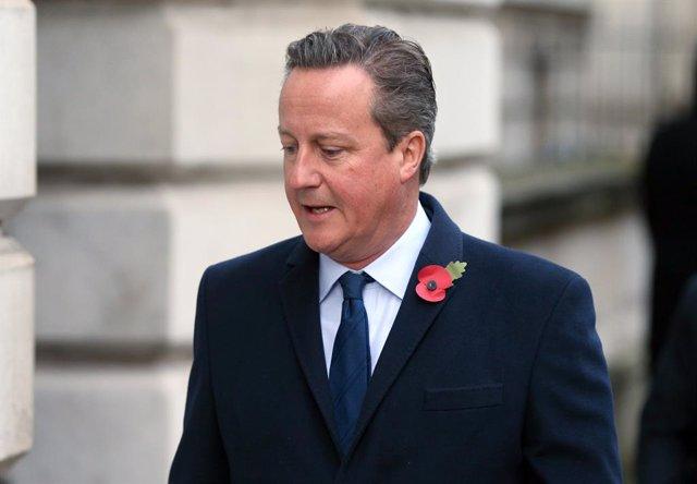 """Brexit.- Cameron se suma a los ex primeros ministros con """"dudas"""" sobre el plan d"""