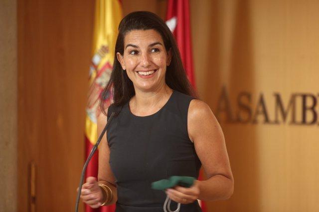 La portavoz de Vox en la Asamblea de Madrid, ofrece una rueda de prensa antes de que comience el debate del Estado de la Región, en Madrid