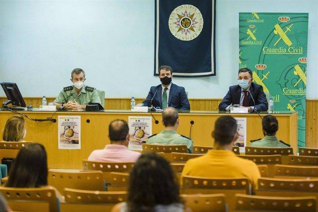 Inauguración del curso organizado por UNED y Guardia Civil en Almería