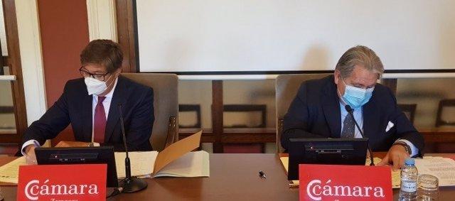 Gobierno de Aragón y la Cámara de Comercio firman un convenio para gestionar el Plan Moves II.