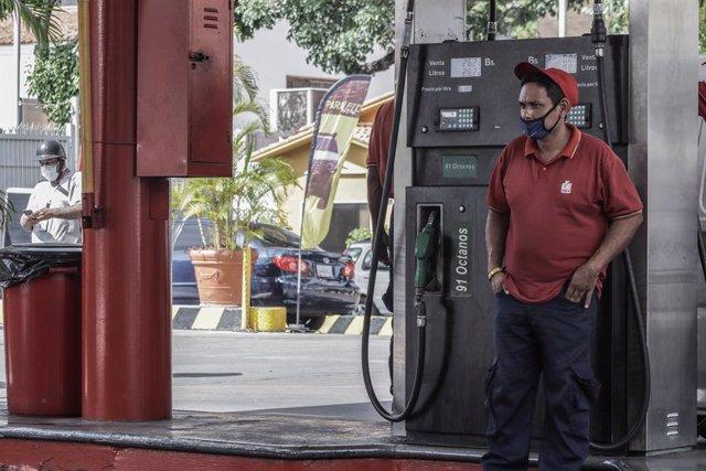 Venezuela.- El Gobierno de Maduro importa petróleo iraní pese a las sanciones de