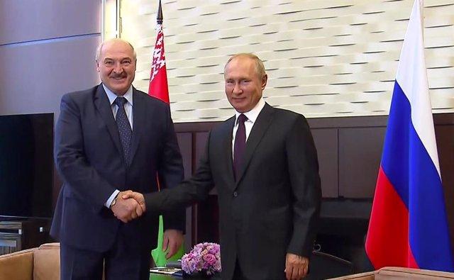 Bielorrusia.- Putin reafirma ante Lukashenko su apoyo político y económico al ac
