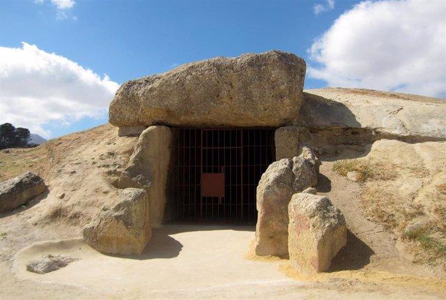 Dolmen de Menga Antequera dólmenes Patrimonio Mundial Unesco