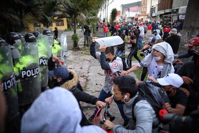 Protestas contra la violencia policial en Bogotá, Colombia