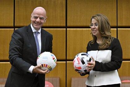 FIFA firma con la ONU un memorando contra la corrupción y para ayudar a los jóvenes a través del fútbol
