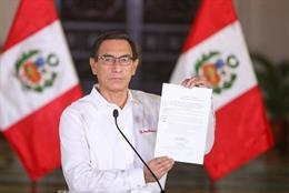 """Perú.- Vizcarra acusa de """"conspiración"""" con el Ejército al presidente del Congre"""
