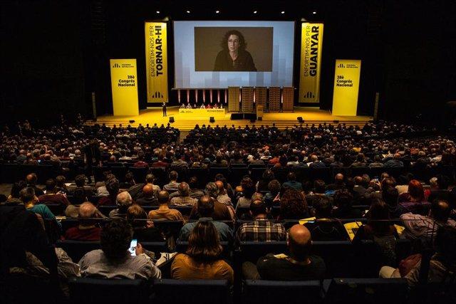 La política de ERC Marta Rovira durante una videoconferencia desde Ginebra interviene en el 28 Congreso Nacional de ERC, en Barcelona a 21 de diciembre de 2019