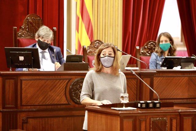 La presidenta del Govern, Francina Armengol, en el Parlament