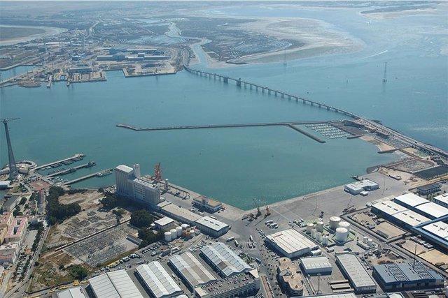 Puerto de Cádiz.
