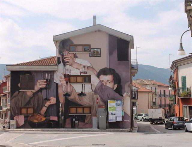 Un mural realizado por Mohamed LGhacham dentro del programa Muro Crítico de la Diputación de Cáceres