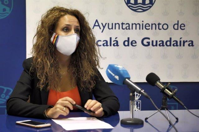 La delegada de Juventud, Rosa Carro (Cs), ha agradecido la apuesta que hace el Instituto de Juventud de la Junta de Andalucía por Alcalá de Guadaíra (Sevilla).
