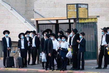 Coronavirus.- Israel marca nuevo récord con 4.973 casos nuevos de coronavirus tres días antes del confinamiento