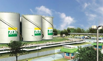 Brasil.- Petrobras reducirá su plan de inversión en al menos 11.774 millones hasta 2025