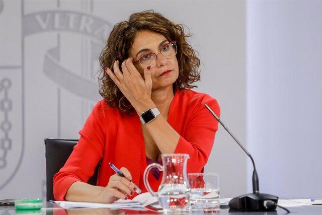 La ministra portavoz y de Hacienda, María Jesús Montero, durante su comparecencia en la rueda de prensa posterior al Consejo de Ministros celebrado en Moncloa, en Madrid (España), a 15 de septiembre de 2020.