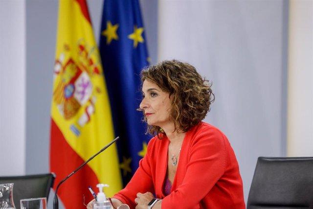La ministra portavoz y de Hacienda, María Jesús Montero, durante su comparecencia en rueda de prensa posterior al Consejo de Ministros celebrado en Moncloa, en Madrid (España), a 15 de septiembre de 2020.