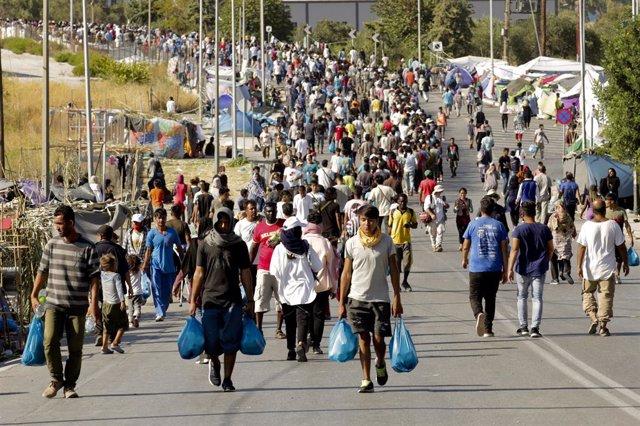 Grecia.- La Policía griega detiene a cinco refugiados por los incendios en el ca