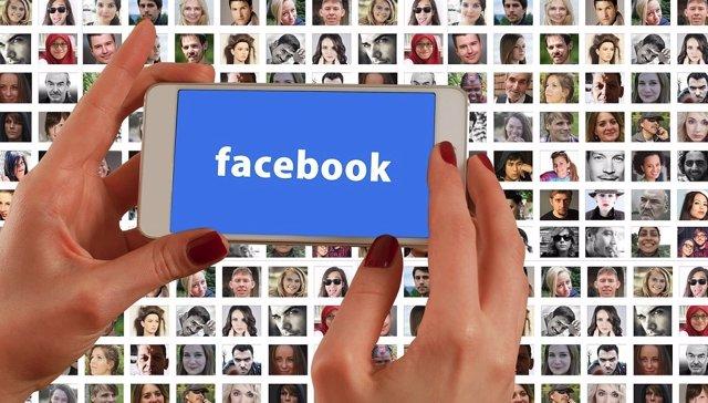 """Facebook """"no se preocupa lo suficiente como para parar"""" la desinformación políti"""
