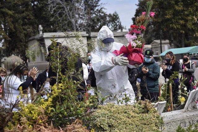 Coronavirus.-El Gobierno chileno avisa de que la Policía podrá entrar en los dom