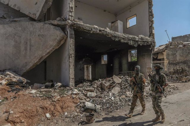 Miembros de un grupo rebelde apoyado por Turquía en Siria