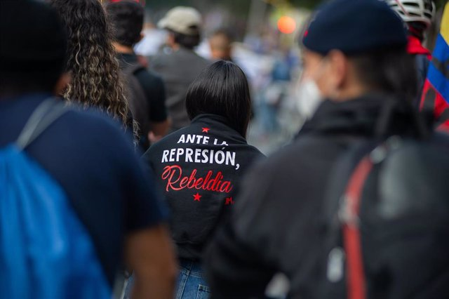 Manifestación en Colombia contra las últimas matanzas ocurridas en varias regiones rurales del país.
