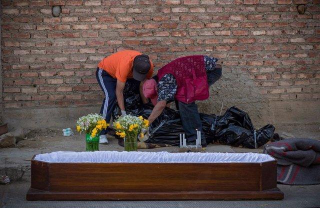 Coronavirus.-Bolivia rebaja sus nuevos casos de coronavirus hasta los 660 y Tari