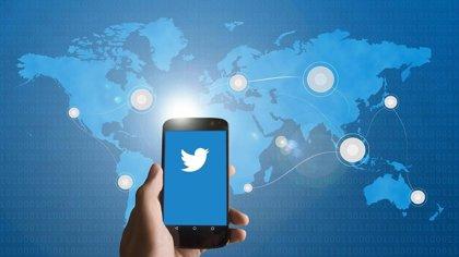 Twitter crea un hub con información en inglés y español sobre las elecciones de EEUU
