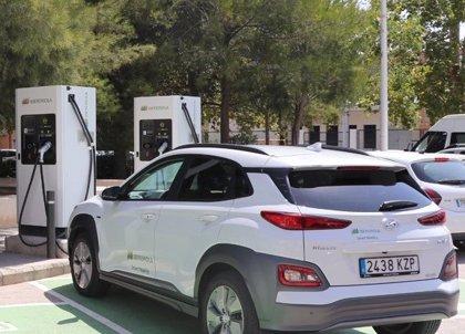 Iberdrola suscribe con el ICO un préstamo 'verde' por 59 millones para puntos de recarga en España y Portugal