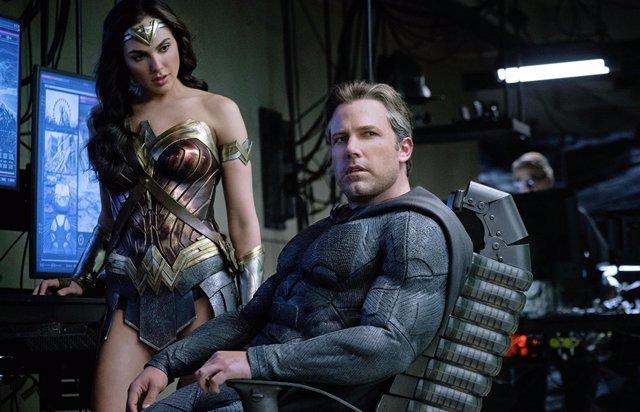 Ben Affleck y Gat Gadot en Liga de la Justicia