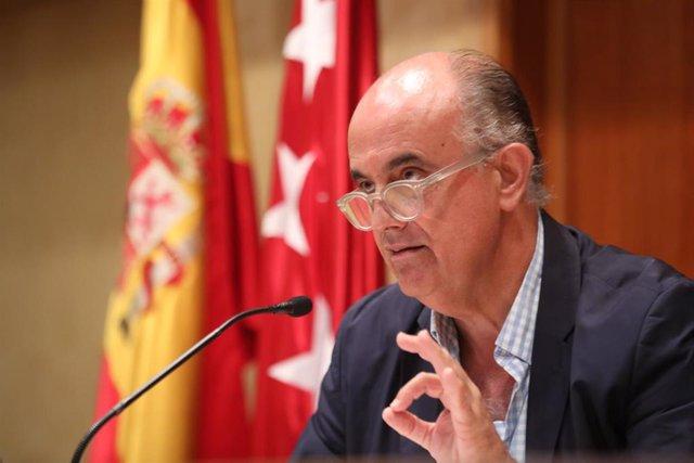 El viceconsejero de Salud Pública y Plan COVID-19 de la Comunidad de Madrid, Antonio Zapatero, durante su comparecencia sobre la situación epidemiológica y asistencial, en la Consejería de Sanidad, Madrid (España), a 16 de septiembre de 2020.