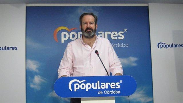 """Córdoba.- Molina (PP) critica que el PSOE pida """"aplaudir"""" una pérdida de 233 mil"""