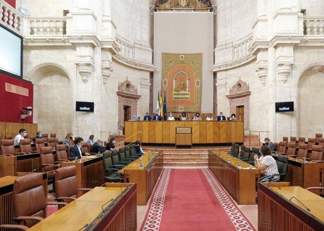 Reunión de la Junta de Portavoces en el Salón de Plenos del Parlamento andaluz.
