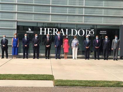 Los Reyes destacan el compromiso de Heraldo de Aragón con la libertad y los ciudadanos en su 125 aniversario