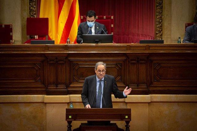 El presidente de la Generalitat, Quim Torra, durante su intervención en el Debate de Política General (DPG) en el Parlament, en Barcelona, Catalunya (España), a 16 de septiembre de 2020. Durante el plenario, Torra explica la senda que quiere transitar su