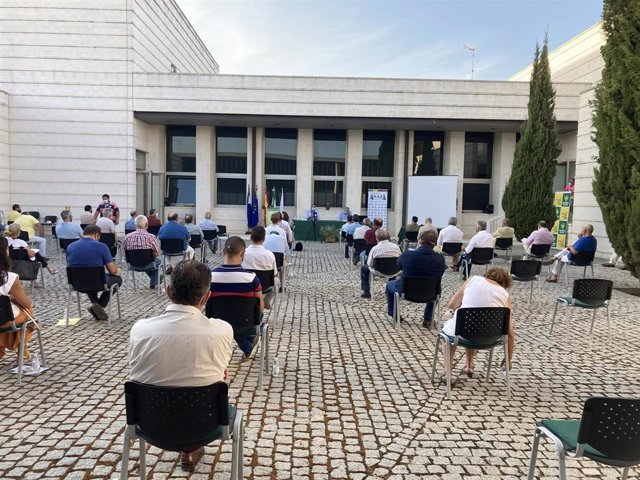 Imagen de la XXXVIII Jornada de Aceituna de Mesa, organizada por Asaja-Sevilla en el Centro Guadiamar de Huévar del Aljarafe.