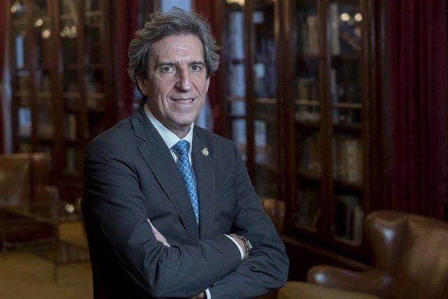 El presidente del Colegio de Médicos de Madrid, Miguel Ángel Sánchez Chillón.