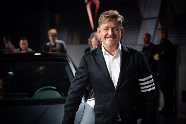 El vicepresidente ejecutivo Comercial de SEAT, Wayne Griffiths, durante la presentación del Cupra León y Cupra León Sportstourer en  2020 en Barcelona a 20 de febrero de 2020.