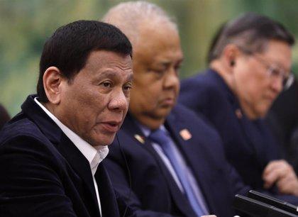 Filipinas.- Mueren cuatro personas tras estrellarse un helicóptero de rescate del Ejército de Filipinas