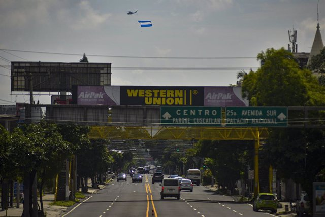 El Salvador.- La Corte Suprema dictamina que los salvadoreños pueden regresar al
