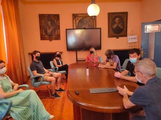 Reunión de responsables municipales de Laviana con Salud