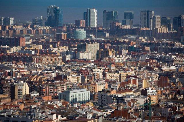 Panoràmica de la ciutat de Barcelona. Catalunya (Espanya), 30 de gener del 2020.