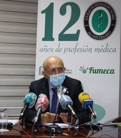 """El Colegio de Médicos de Cáceres alerta del """"desbordamiento"""" de los centros de salud"""