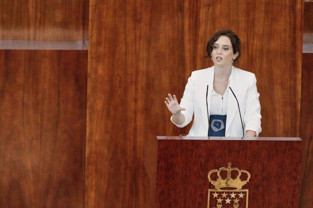 La presidenta de la Comunidad de Madrid, Isabel Díaz Ayuso, interviene durante la segunda jornada del Pleno del Debate del Estado de la Región en Madrid (España).