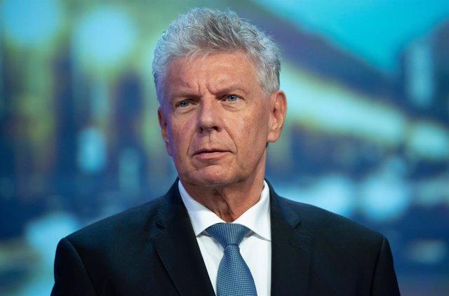 AMP.- Fútbol.- El Bayern jugará finalmente a puerta cerrada en la Bundesliga deb