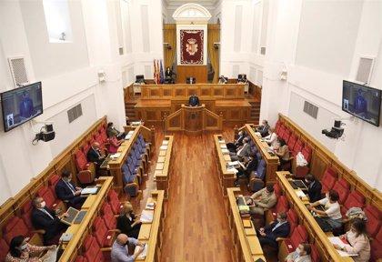 PP sugiere pedir fondos COVID para UCIs en Valdepeñas, Tomelloso y Manzanares y CLM dice que ya hay equipamiento