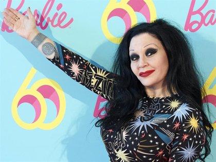 Alaska releva a Concha Velasco como presentadora de 'Cine de Barrio'