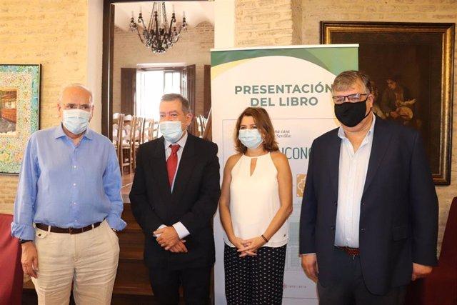 Presentación de la obra 'Historia de una casa centenaria en Sevilla'