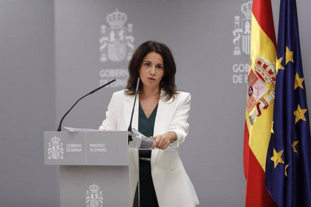 La secretaria de Estado de Sanidad, Silvia Calzón, interviene durante una rueda de prensa convocada ante los medios para informar sobre la evolución del coronavirus, en el Ministerio de Sanidad. En Madrid, (España), a 17 de septiembre de 2020.
