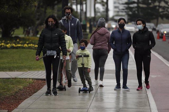 Coronavirus.- Perú suma casi 100 fallecidos más y ya supera los 750.000 casos ac